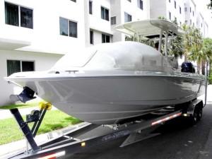 Boston Whaler Dountless center console boat bow dodger sprayhood bow tent