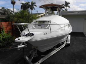 Triumph 215 fisherman bow dodger sun shade center console boat